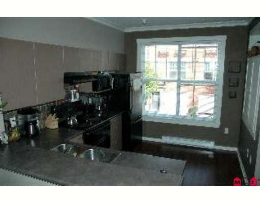 """Photo 4: Photos: 18 15075 60TH Avenue in Surrey: Sullivan Station Townhouse for sale in """"Natures Walk"""" : MLS®# F2920958"""
