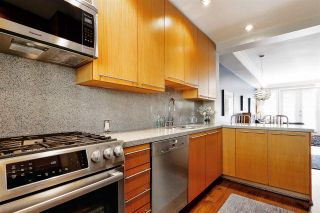 """Photo 9: 2939 LAUREL Street in Vancouver: Fairview VW Townhouse for sale in """"BROWNSTONE"""" (Vancouver West)  : MLS®# R2597840"""