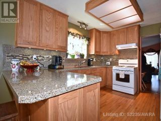 Photo 11: 163 SITAR CRES in Hinton: House for sale : MLS®# A1050506