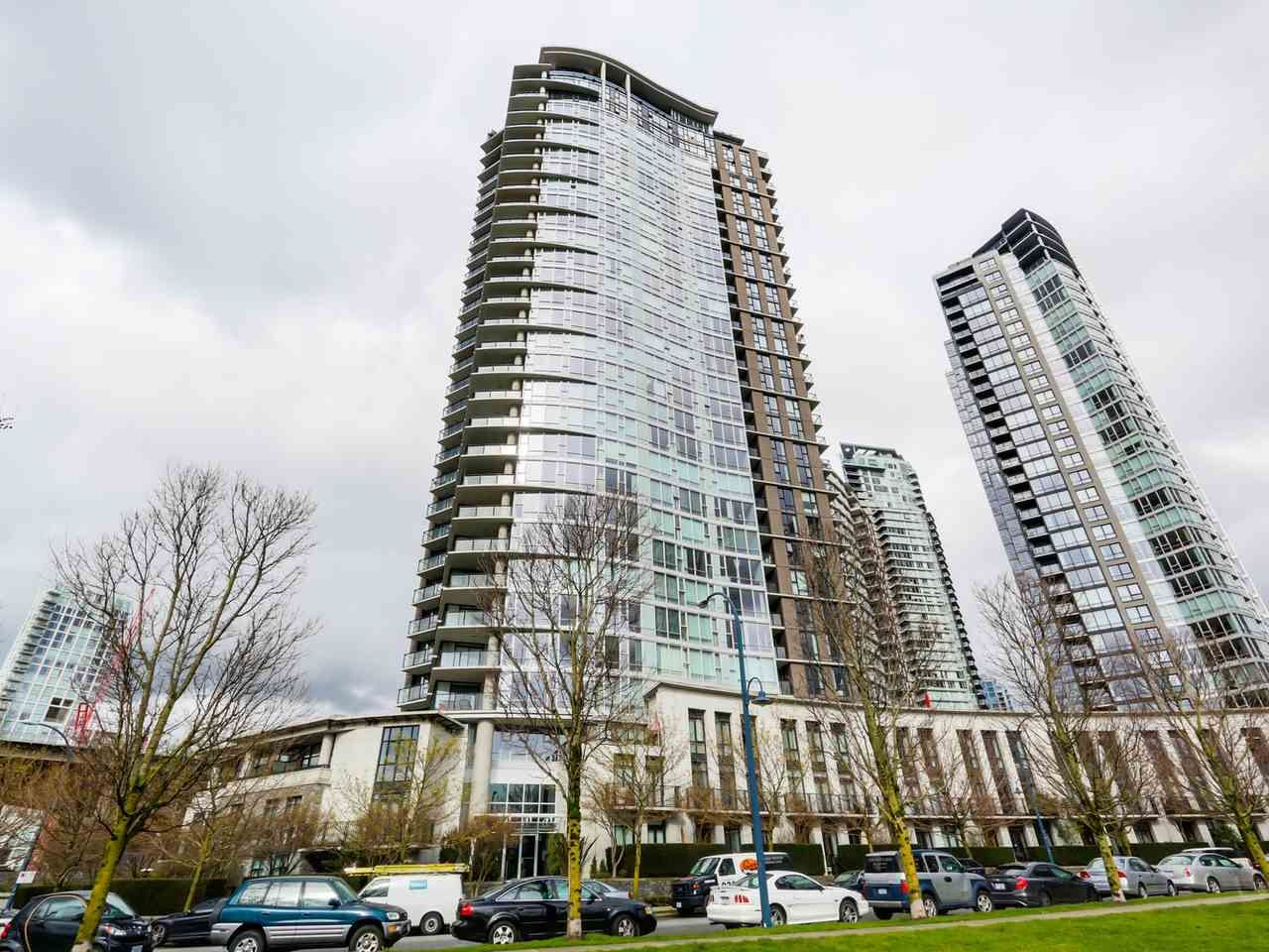 Main Photo: 3002 583 BEACH CRESCENT in Vancouver: Yaletown Condo for sale (Vancouver West)  : MLS®# R2043293