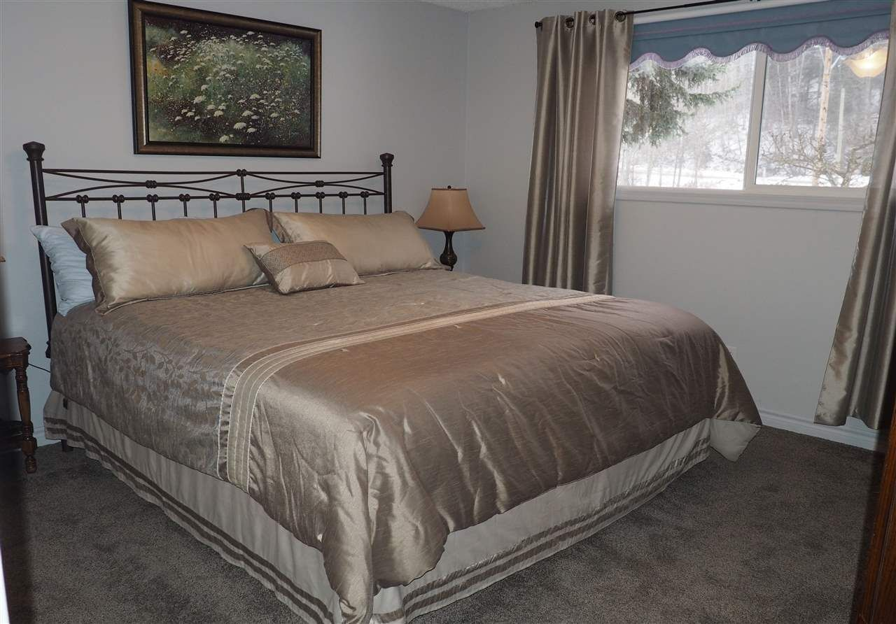 Photo 7: Photos: 4645 ROBSON Avenue in Prince George: Foothills House for sale (PG City West (Zone 71))  : MLS®# R2143048