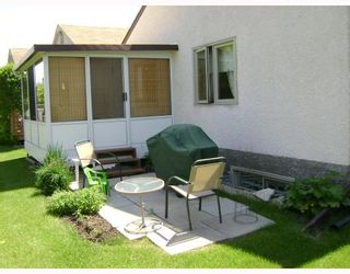 Photo 3: 6645 ROBLIN Boulevard in WINNIPEG: Charleswood Condominium for sale (South Winnipeg)  : MLS®# 2811413