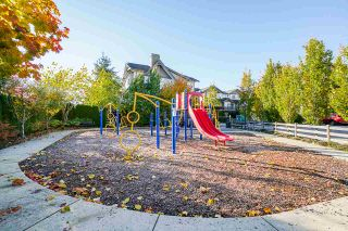 "Photo 8: 29 8250 209B Street in Langley: Willoughby Heights Townhouse for sale in ""Outlook"" : MLS®# R2512502"