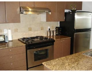 Photo 4: 503 1438 RICHARDS Street in Vancouver: False Creek North Condo for sale (Vancouver West)  : MLS®# V751605