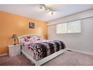 Photo 6: 7964 GOODLAD Street in Burnaby: Burnaby Lake 1/2 Duplex for sale (Burnaby South)  : MLS®# V864351