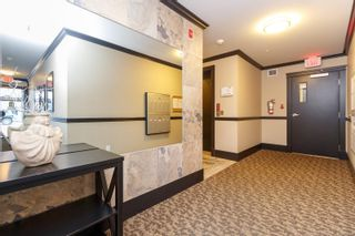 Photo 3: 302 9776 Fourth St in Sidney: Si Sidney South-East Condo for sale : MLS®# 878510
