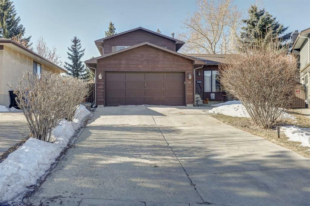 Main Photo: 87 Bermuda Close NW in Calgary: Beddington Heights Detached for sale : MLS®# A1073222