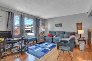 Photo 3: 11 Mathieu Crescent in Regina: Coronation Park Residential for sale : MLS®# SK840069