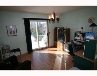Photo 3: 573 CHALFONT Road in WINNIPEG: Charleswood Residential for sale (South Winnipeg)  : MLS®# 2903027