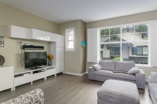 """Photo 2: 16 3470 HIGHLAND Drive in Coquitlam: Burke Mountain Townhouse for sale in """"BRIDLEWOOD"""" : MLS®# R2121157"""