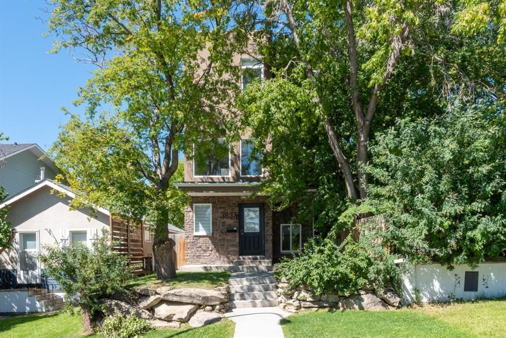 Main Photo: 3837 Parkhill Street SW in Calgary: Parkhill Detached for sale : MLS®# A1019490