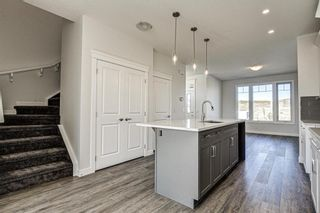 Photo 14: 136 Creekside Drive SW in Calgary: C-168 Semi Detached for sale : MLS®# A1108851