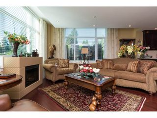 """Photo 4: 104 14824 NORTH BLUFF Road: White Rock Condo for sale in """"The BELAIRE"""" (South Surrey White Rock)  : MLS®# R2230178"""