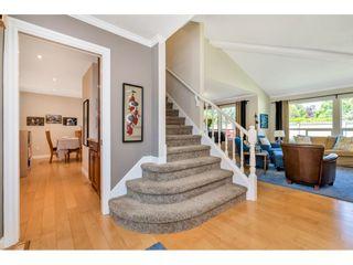 Photo 3: 117 15121 19 AVENUE in Surrey: Sunnyside Park Surrey Townhouse for sale (South Surrey White Rock)  : MLS®# R2459798