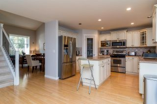 """Photo 5: 6632 206 Street in Langley: Willoughby Heights House for sale in """"BERKSHIRE"""" : MLS®# R2113542"""