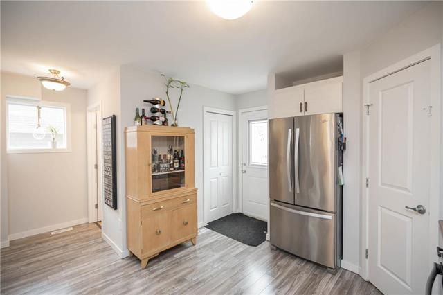 Photo 9: Photos: 19 Havelock Avenue in Winnipeg: Residential for sale (2D)  : MLS®# 1910616