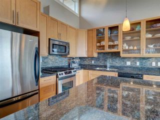 """Photo 10: 6498 WILDFLOWER Place in Sechelt: Sechelt District Townhouse for sale in """"Wakefield Beach - Second Wave"""" (Sunshine Coast)  : MLS®# R2589812"""