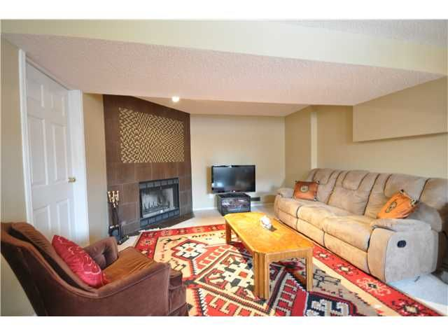 Photo 16: Photos: 27 5810 PATINA Drive SW in CALGARY: Prominence_Patterson Townhouse for sale (Calgary)  : MLS®# C3597559