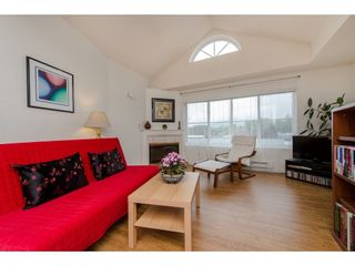 """Photo 7: 307 45504 MCINTOSH Drive in Chilliwack: Chilliwack W Young-Well Condo for sale in """"VISTA VIEW"""" : MLS®# R2264583"""