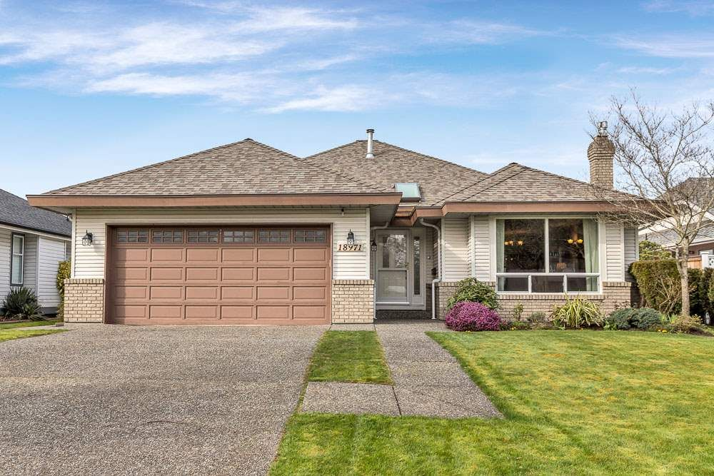 "Main Photo: 18971 63B Avenue in Surrey: Cloverdale BC House for sale in ""Falcon Ridge"" (Cloverdale)  : MLS®# R2560350"