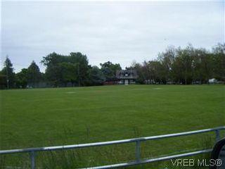 Photo 5: 108 1012 Pakington St in VICTORIA: Vi Fairfield West Condo for sale (Victoria)  : MLS®# 581958