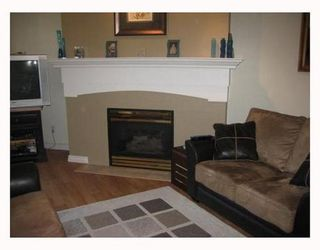 Photo 2: 208 5500 ANDREWS Road: Steveston South Home for sale ()  : MLS®# V722658