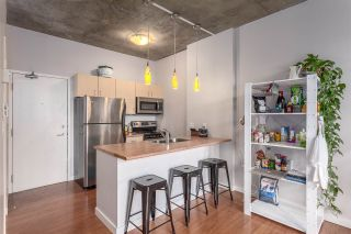 Photo 4: 209 22 E CORDOVA STREET in Vancouver: Downtown VE Condo for sale (Vancouver East)  : MLS®# R2035421