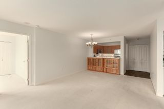 """Photo 6: 1602 7380 ELMBRIDGE Way in Richmond: Brighouse Condo for sale in """"The Residences"""" : MLS®# R2615275"""