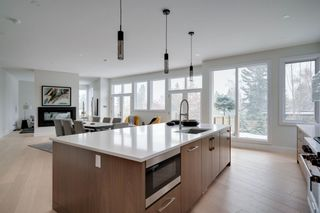 Photo 18: 711 Imperial Way SW in Calgary: Britannia Detached for sale : MLS®# A1140293
