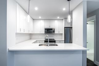 """Photo 3: 4620 2180 KELLY Avenue in Port Coquitlam: Central Pt Coquitlam Condo for sale in """"Montrose Square"""" : MLS®# R2613979"""