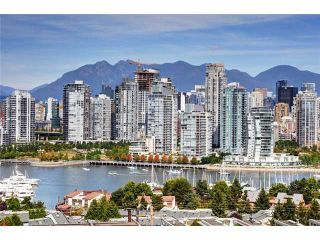 """Photo 1: 1169 W 8TH Avenue in Vancouver: Fairview VW Townhouse for sale in """"FAIRVIEW 2"""" (Vancouver West)  : MLS®# V970700"""