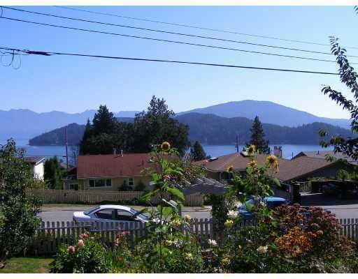 Photo 9: Photos: 605 MARTIN Road in Gibsons: Gibsons & Area House for sale (Sunshine Coast)  : MLS®# V734747