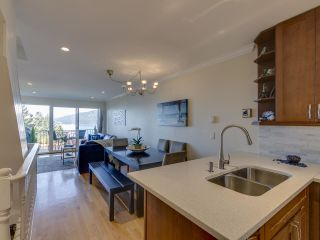 """Photo 4: 408 CROSSCREEK Road: Lions Bay Townhouse for sale in """"The Cedars"""" (West Vancouver)  : MLS®# R2514605"""
