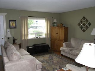 Photo 4: 656 PARK Street in Hope: Hope Center House for sale : MLS®# R2458626