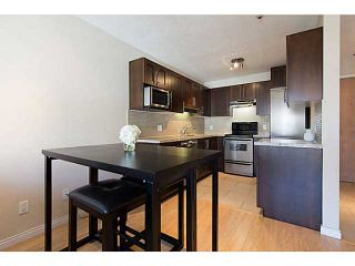"""Photo 9: 306 833 W 16TH Avenue in Vancouver: Fairview VW Condo for sale in """"The Emerald"""" (Vancouver West)  : MLS®# V1063181"""