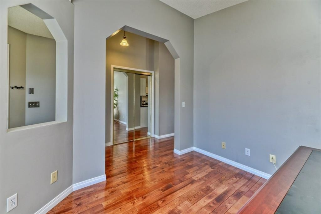 Photo 19: Photos: 245 Citadel Crest Park NW in Calgary: Citadel Detached for sale : MLS®# A1088595
