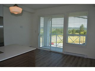 "Photo 5: 315 16398 64 Avenue in Surrey: Cloverdale BC Condo for sale in ""The Ridge At Bose Farms"" (Cloverdale)  : MLS®# R2023181"