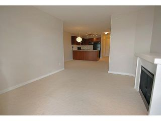 """Photo 4: 407 4799 BRENTWOOD Drive in Burnaby: Brentwood Park Condo for sale in """"THOMPSON HOUSE AT BRENTWOOD GATE"""" (Burnaby North)  : MLS®# R2532127"""
