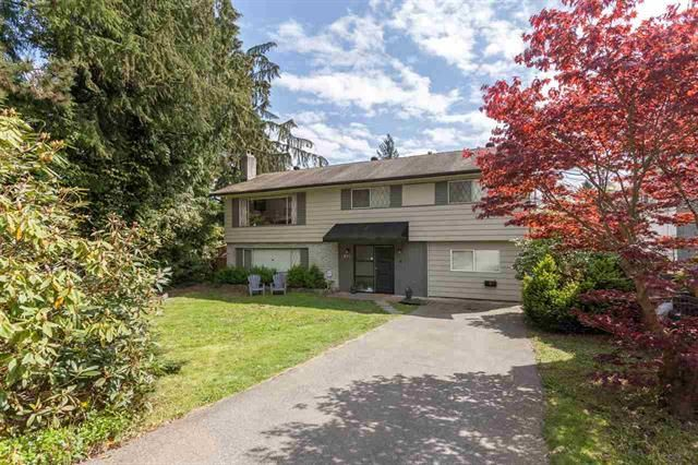 Main Photo: 897 E 12TH STREET in North Vancouver: Boulevard House for sale : MLS®# R2164150