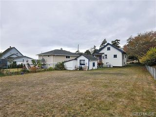 Photo 16: 457 Foster St in VICTORIA: Es Saxe Point House for sale (Esquimalt)  : MLS®# 655187