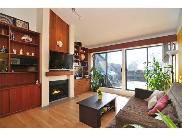"""Main Photo: 332 7055 WILMA Street in Burnaby: Highgate Condo for sale in """"THE BERESFORD"""" (Burnaby South)  : MLS®# V996318"""