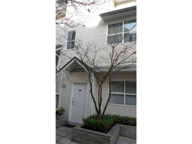 Main Photo: 19 2713 E KENT Avenue in Vancouver: Fraserview VE Townhouse for sale (Vancouver East)  : MLS®# V1108812