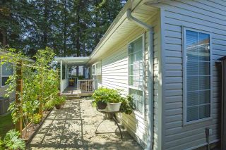 "Photo 28: 102 9080 198 Street in Langley: Walnut Grove Manufactured Home for sale in ""FOREST GREEN ESTATES"" : MLS®# R2486756"