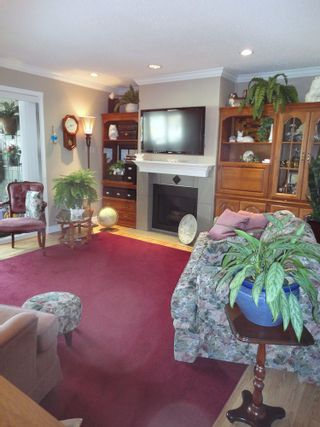 Photo 5: 311 7055 WILMA STREET in The Beresford: Highgate Home for sale ()