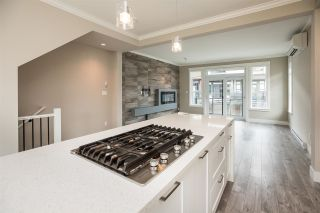 """Photo 7: 94 16488 64 Avenue in Surrey: Cloverdale BC Townhouse for sale in """"Harvest"""" (Cloverdale)  : MLS®# R2576907"""