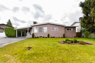 Photo 2: 18922 120 Avenue in Pitt Meadows: Central Meadows House for sale : MLS®# R2555786