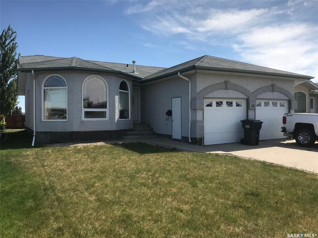Main Photo: 24 Wynn Place in Yorkton: Weinmaster Park Residential for sale : MLS®# SK813941