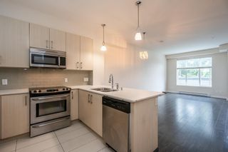 Photo 3: 228 32095 HILLCREST Avenue: Townhouse for sale in Abbotsford: MLS®# R2603468