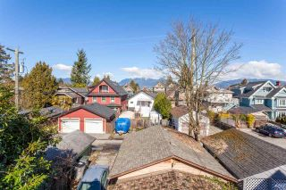 "Photo 11: 1049 E 13TH Avenue in Vancouver: Mount Pleasant VE House for sale in ""Mount Pleasant East"" (Vancouver East)  : MLS®# R2235012"