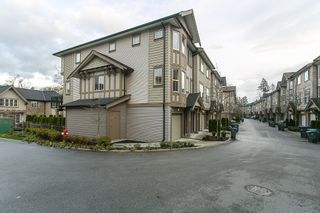 """Photo 2: 71 14838 61 Avenue in Surrey: Sullivan Station Townhouse for sale in """"Sequoia"""" : MLS®# R2123525"""
